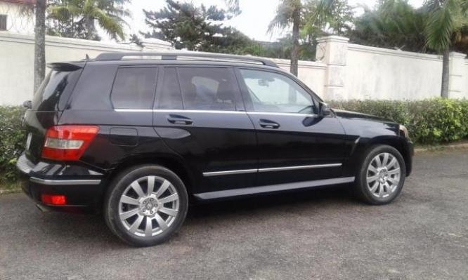 2011 Very Clean Mercedes GLK 350