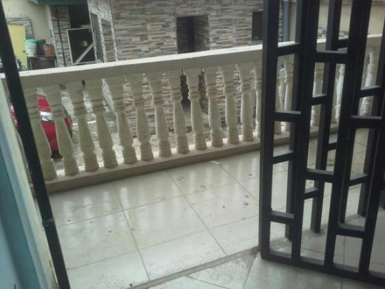 3 bedroom all ensuite to let - Estate very Close to Omole phz1 N1mill