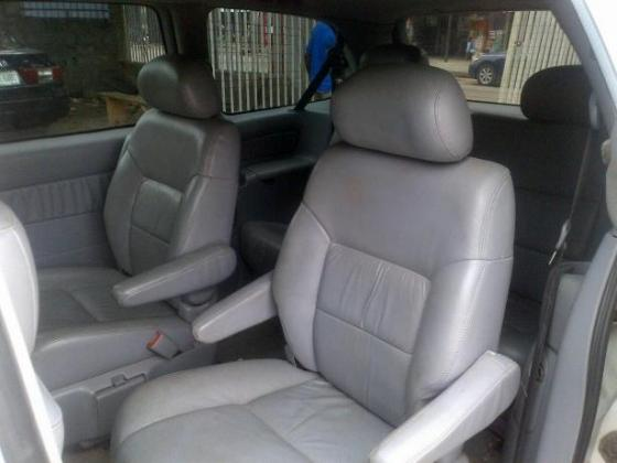 5 months used Toyota Sienna Xle 2002 full option for sale