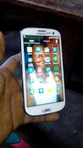 Clean original samsung galaxy s3 2gb ram 16gb memory