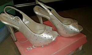 Touch ups bridal shoes Size 39