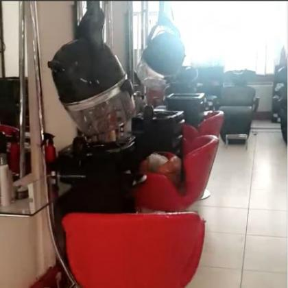 Fully equipped Salon/spa/tailoring business in great location for sale