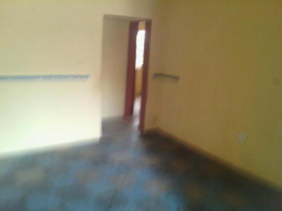 Spacious 2bedroom flat for rent in elepe