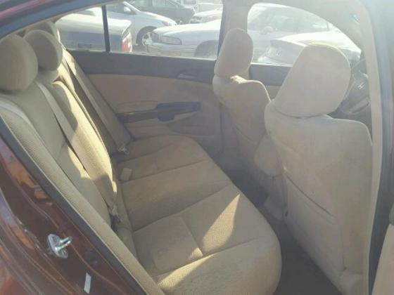 2009 HONDA ACCORD FOR SALE AT ₦400,000 CALL 08067816891 FOR FULL DETAILS