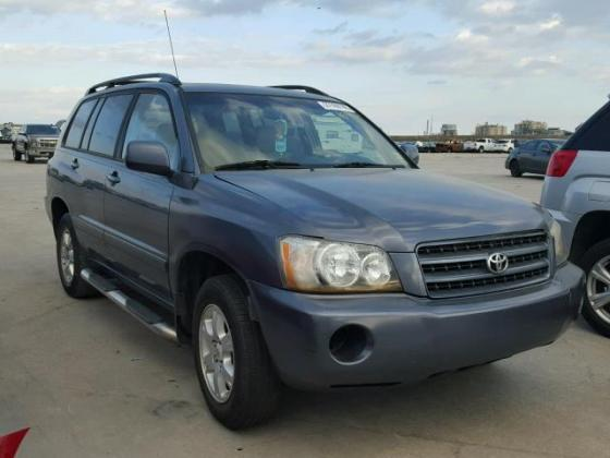 FOR SALE 2004 TOYOTA HIGHLANDER AT AUCTION PRICE CALL 08067816891 FOR FULL DETAILS