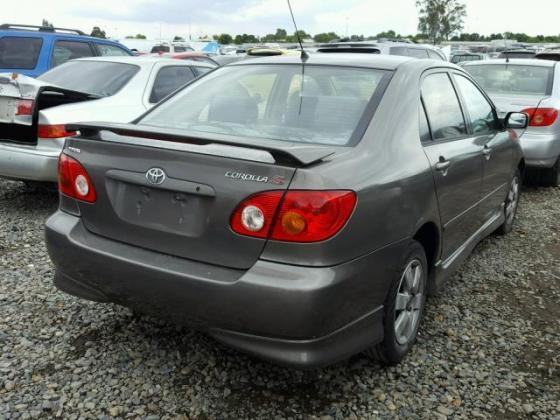 2003 TOYOTA COROLLA FOR SALE CALL MR AZA ON THIS FOLLOWING NUMBER 09031964927