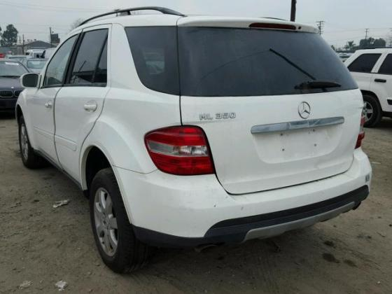 VERY SOUND 2006 MERCEDESE-BENZ ML350 FOR SALE CALL MR AZA THOMAS ON 09031964927