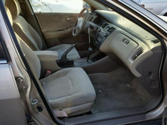 VERY CLEAN HONDA ACCORD 2003 FOR SUCTION PRICE CALL ON +2349031964927