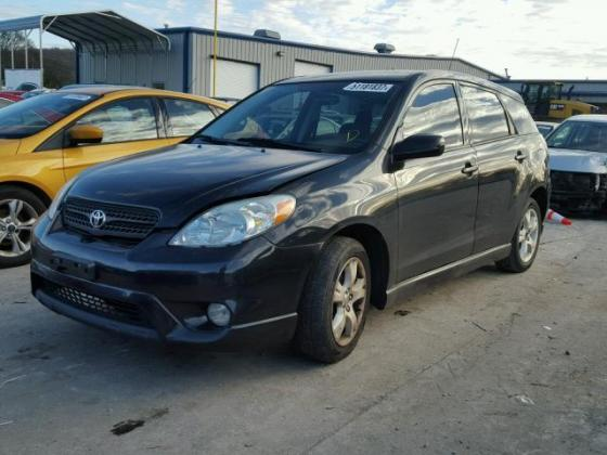 VERY CLEAN 2005 TOYOTA MATRIX FOR SALE CALL  ON +2349031964927