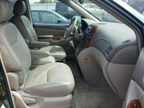 VERY GOOD SOUND 2007 TOYOTA SIENNA FOR SALE CALL +2349031964927
