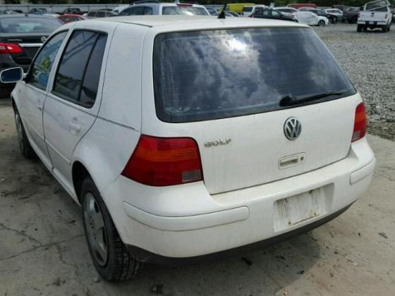 VERY CLEAN 2006 VOLKSWAGEN GOLF FOR SALE AT AUCTION PRICE CONTACT MR AZA ON +2349031964927