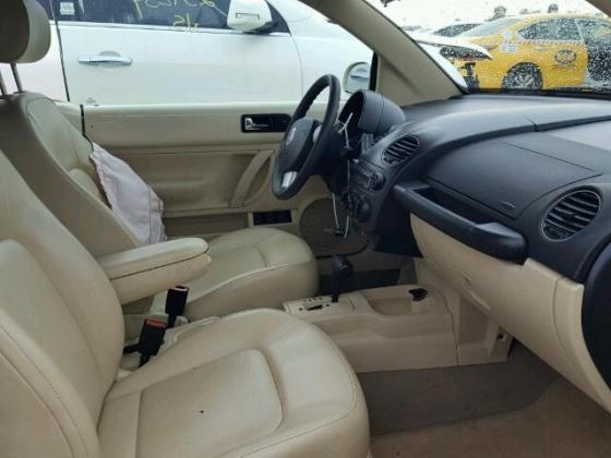 2007 VOLKSWAGEN NEW BEETLE 2.5L FOR SALE AT AUCTION PRICE CONTACT MR VICTOR ON +2349031964927