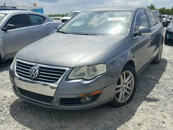 VERY CLEAN AND NEAT  2008 VOLKSWAGEN PASSAT FOR SALE CALL MR AZA THOMAS VICTOR  ON +2349031964927
