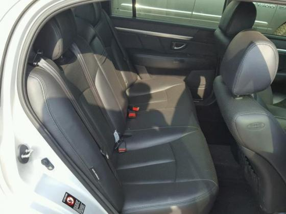 VERY CLEAN 2008 KIA AMANTI FOR SALE CALL  ON +2349031964927