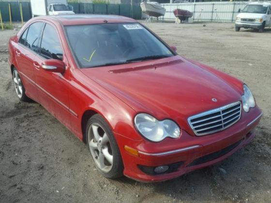 CLEAN 2006 VERY SUPER MERCEDESE-BENZ C350 FOR SALE CALL MR AZA ON +2349031964927