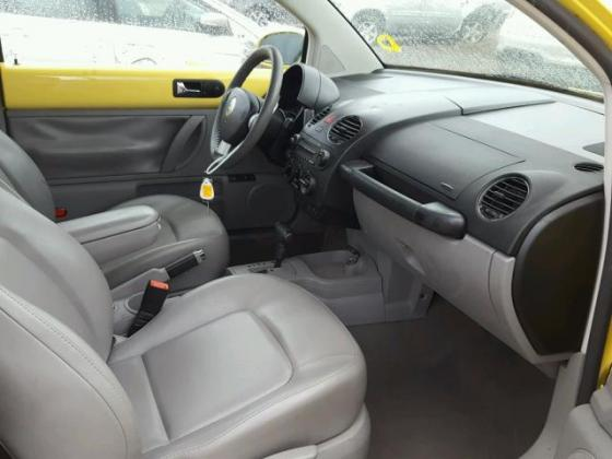 2007 VOLKSWAGEN NEW BEETLE 2,5L FOR SALE CALL  08067816891