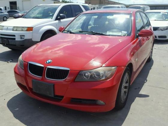VERY GOOD SOUND 2006 BMW-325  FOR SALE CALL MR AZA THOMAS ON +2349031964927