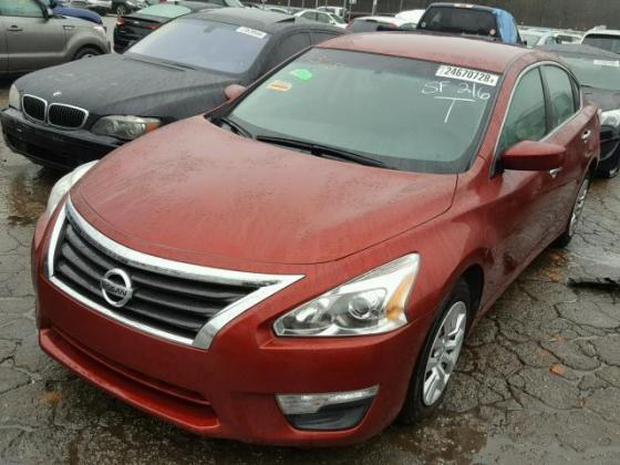 VERY GOOD SOUND 2014 NISSAN ALTIMA  FOR SALE CALL MR AZA THOMAS ON +2349031964927