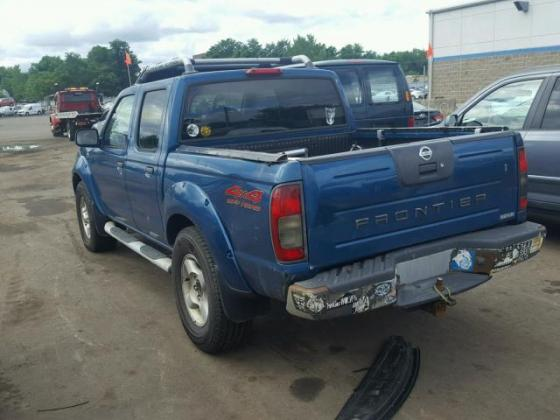 CLEAN 2001 NISSAN FRONTIER CREW FOR SALE CALL MR AZA ON +2349031964927