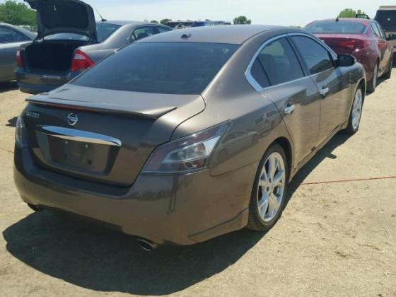 CLEAN 2012 NISSAN MAXIMA FOR SALE CALL MR AZA ON +2349031964927