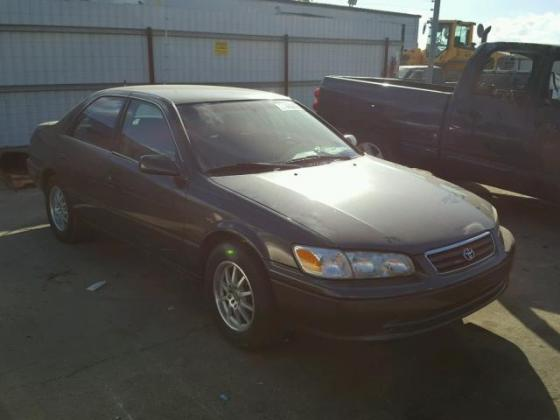 VERY CLEAN 2000 TOYOTA CAMRY FOR SALE CALL MR AZA THOMAS ON 09031964927