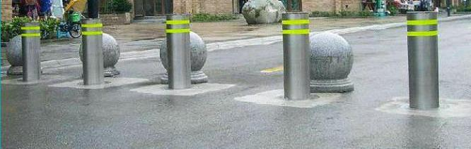 Durable Traffic Barrier Hydraulic Bollards Outdoor Road Bollards By HIPHEN SOLUTIONS SERVICES LTD.