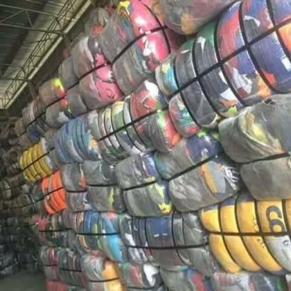 DIRECT OK BALES OF CLOTHES AND SHOES CONTACT MRS AYIRI PATIENCE OR ADD HER ON WHATSAPP ON 07033526206