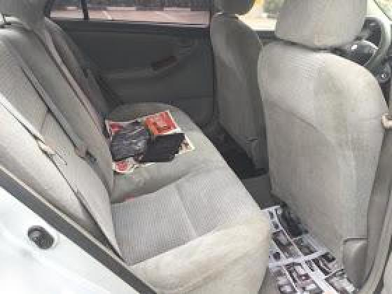 Very clean Toyota corolla 2004 silver