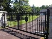 RESIDENTIAL DRIVEWAY AUTO GATE BY EZILIFE