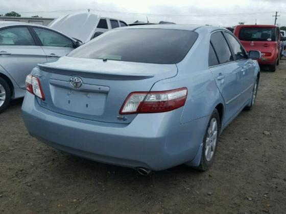 Clean toyota Camry for sales