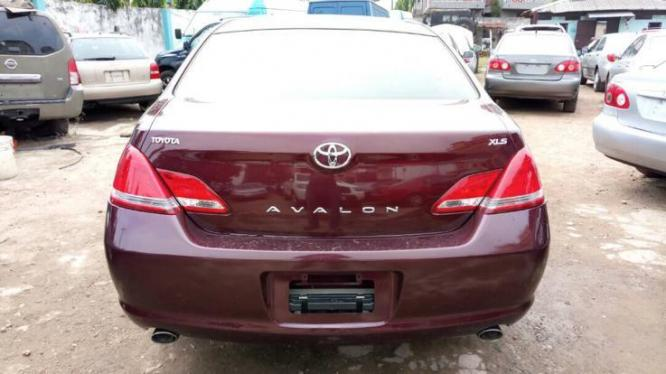 AUCTION TOYOTA AVALON 2006 MODEL CONTACT US ON 07062833115