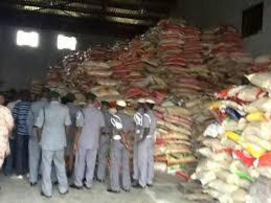 BUY 50KG BAGS OF RICE AND GROUNDNUT OIL 25LITRES 07033526206