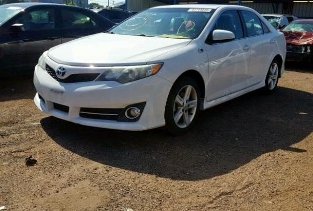CUSTOM AUCTION CAR (TOYOTA CAMRY 2013) @ 900,000 Naira.