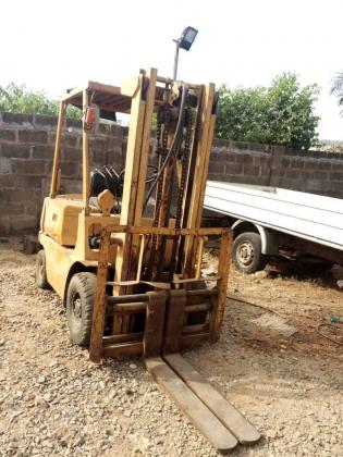 INDUSTRIAL FORKLIFT Operator Practical Training