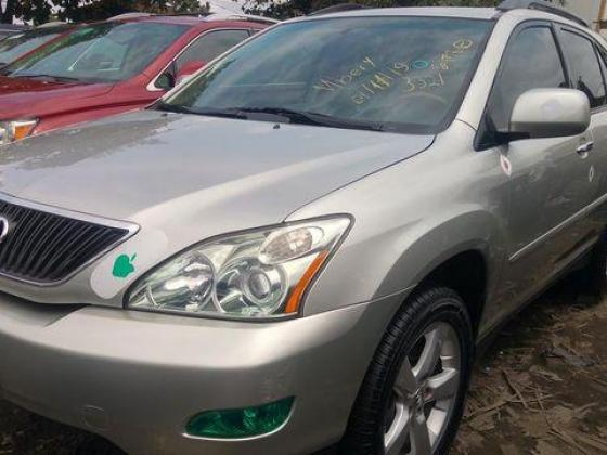 Foreign used lexus rx330 2005 model