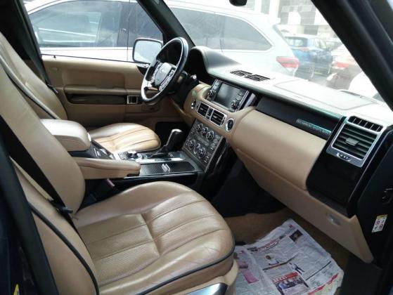 Land Rover Range Rover Vogue 2010 Model for sale