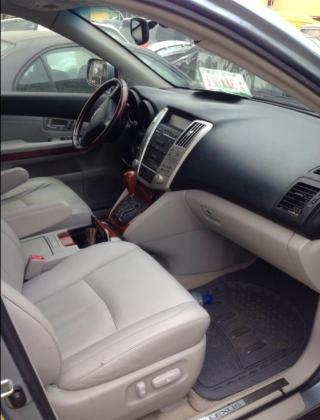 Neatly used Lexus rx330 2004 model