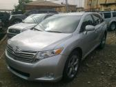 clean toyota venza 2010 model