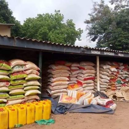 CUSTOM IMPOUNDED RICE SELLING @ #9500 NAIRA PER BAG CALL (08024393248)
