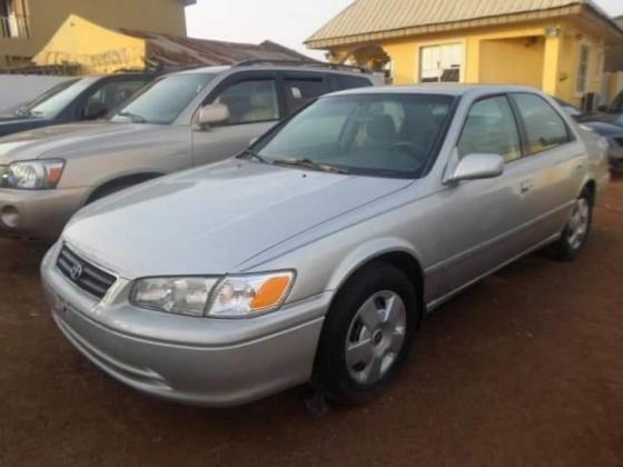 Clean Tokunbo Toyota camry 2001 for sale