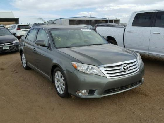 2011 TOYOTA CAMRY FOR SALE AT AUCTION PRICE CALL 09035430880