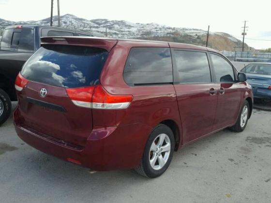 2012 TOYOTA SIENNA  AVAILABLE FOR SALE CALL 07045512391