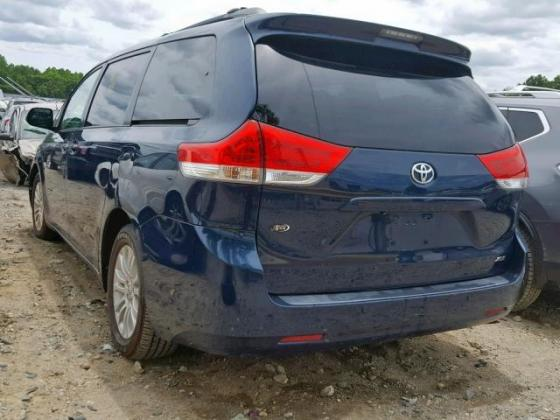 2011 TOYOTA SIENNA LE  AVAILABLE FOR SALE CALL 07045512391