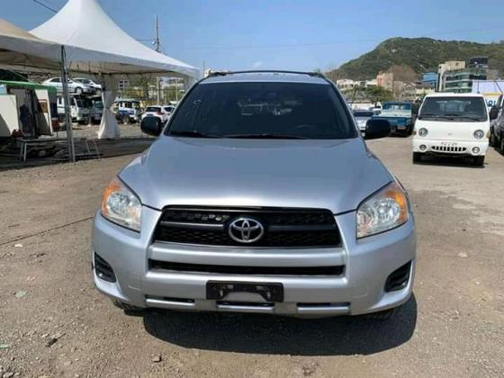 Toyota rav4 2010 model