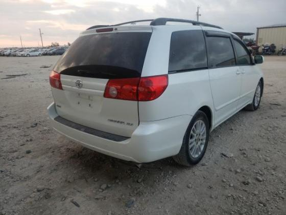 2009 TOYOTA SIENNA XLE FOR SALE CALL:07045512391