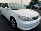 Toyota Camry 2.4 bold light for sale